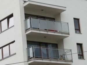Folia na balkony